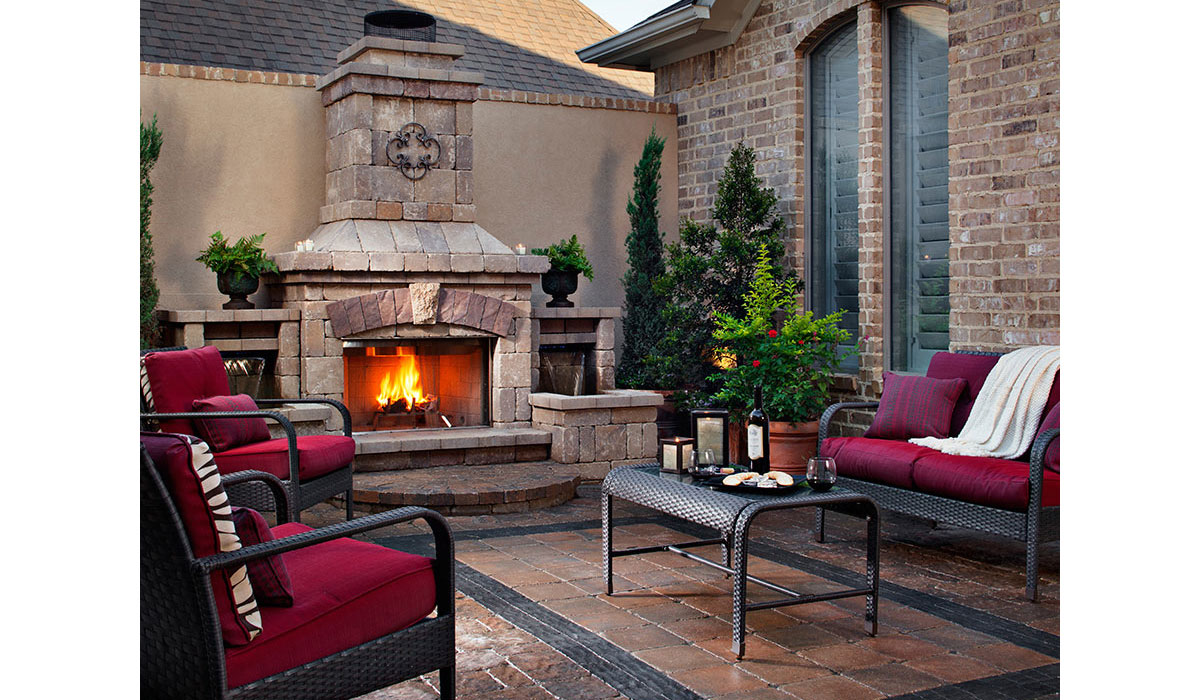Outdoor Fireplace, Custom Patio